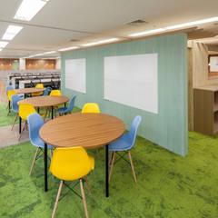 Ruang Kerja oleh 一級建築士事務所シンクスタジオ, Modern