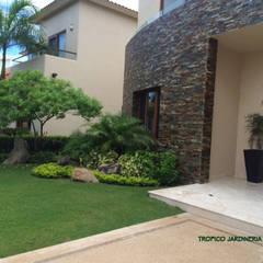 حديقة تنفيذ Tropico Jardineria, حداثي
