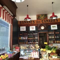 Epicerie aux airs d'Italie: Locaux commerciaux & Magasins de style  par Aurelie Gourbin