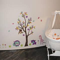 Casa Fedele: Stanza dei bambini in stile  di Occhiuto Felice