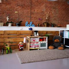 espacio de juegos para niños: Dormitorios infantiles de estilo industrial de SMMARQUITECTURA