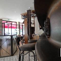 Chez Papa 15ème: Restaurants de style  par Epsilon2