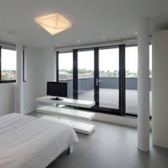 Villa Biesvaren_05:  Slaapkamer door HOYT architecten