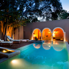 Pool by Taller Estilo Arquitectura, Colonial