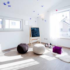 Nursery/kid's room by FischerHaus GmbH & Co. KG