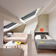 Rénovation d'un studio à Lyon 06: Chambre de style  par Marion Lanoë Architecte d'Intérieur,