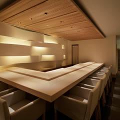 鮨にしおか: mattchが手掛けたレストランです。,ミニマル
