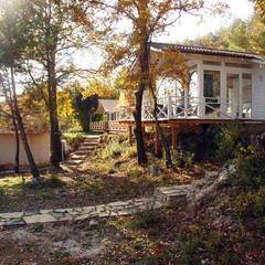 SAKLI GÖL EVLERİ – Saklı Göl Evleri:  tarz Evler, Modern
