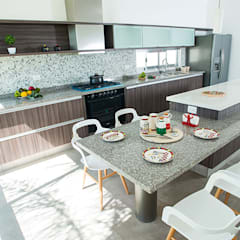 Privada El Secreto: Cocinas de estilo  por Ancona + Ancona Arquitectos