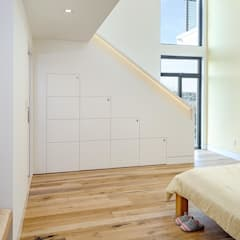 Nursery/kid's room by Specht Architects