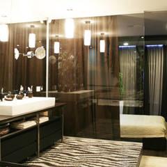 ванная комната:  Ванна кімната by Атмосфера