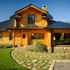 Single family home by Patagonia Log Homes