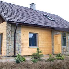 Metamorfoza domu w Bieszczadach: styl wiejskie, w kategorii Domy zaprojektowany przez deco chata