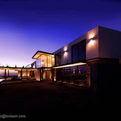 Modern Houses by BROISSIN Modern