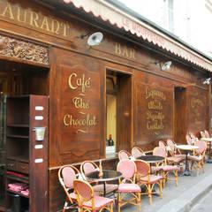 Restaurant le Mouffetard: Restaurants de style  par MELANIE LALLEMAND ARCHITECTURES