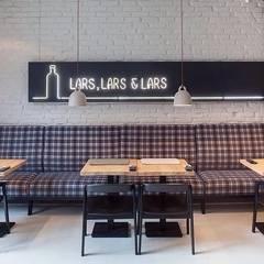 Lars, Lars & Lars: styl , w kategorii Gastronomia zaprojektowany przez oyster