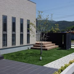 exterior Y-house.: フラワーチルドレン(Flower children )が手掛けた庭です。