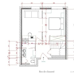 Plan du rez de chaussé: Chambre de style de style Moderne par Agence architecte intérieur Paris