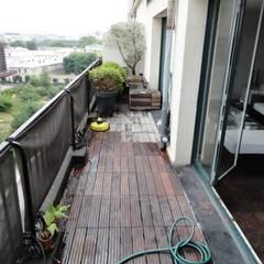 Balcon Paris 7: Terrasse de style  par FIORELLINO paysagiste,