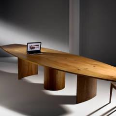 Tische:  Kongresscenter von Mildenberger Möbel und Objektgestaltung