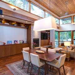 Denver Street Lot 7: modern Dining room by Uptic Studios
