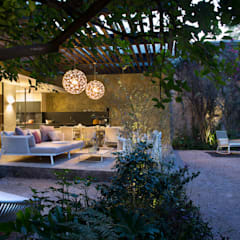 Showroom Reforma 615: Jardines de estilo  de Vieyra Arquitectos