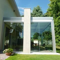 Jardins de inverno minimalistas por Le Verande srls