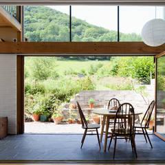 Terrasse de style  par CRSH Architecture and Energy