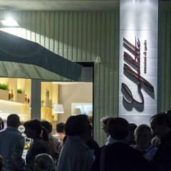 Caffellatte: Bar & Club in stile  di lollo e dado