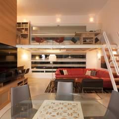 PLADIS - Casa SILLAS : Estudios y oficinas de estilo  por PLADIS,