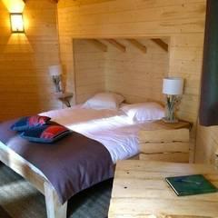 Uniek overnachten in een boomhut:  Hotels door TreeGo Boomhut Bouwers, Rustiek & Brocante
