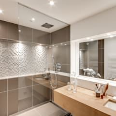1+1=1: Salle de bains de style  par bypierrepetit
