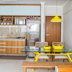 Kitchen by Bruno Sgrillo Arquitetura, Rustic