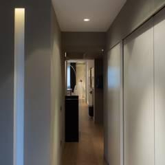 Corridor & hallway by Ernesto Fusco