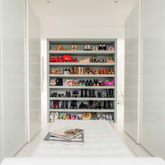 Full House Renovation with Crittall Extension, London:  Dressing room by HollandGreen