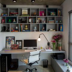 Study/office by Casa 2 Arquitetos