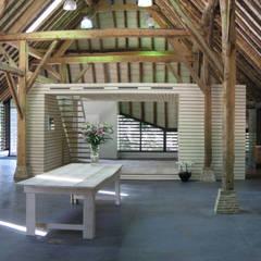 Vlaamse schuur Bolberg:  Studeerkamer/kantoor door Arend Groenewegen Architect BNA