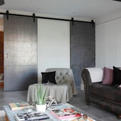 Sliding doors by Ligneous Designs