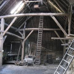 Vlaamse schuur Bolberg:  Garage/schuur door Arend Groenewegen Architect BNA