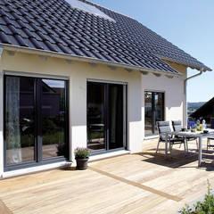 VIO 302 - Terrasse:  Terrasse von FingerHaus GmbH