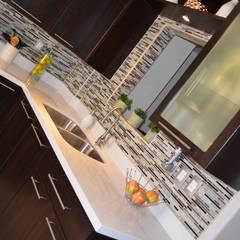 Cocina Thermofoil Espresso: Cocinas de estilo  por Toren Cocinas , Moderno