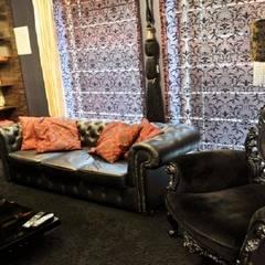 Rezydencja w Jaworzu Klasyczny pokój multimedialny od Studio Mirago Klasyczny