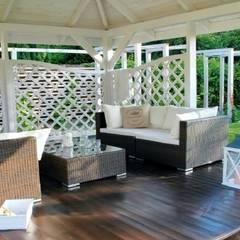 Letnie patio - Jaworze: styl , w kategorii Taras zaprojektowany przez Studio Mirago