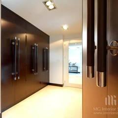 Dom: styl , w kategorii Garderoba zaprojektowany przez MG Interior Studio Michał Głuszak