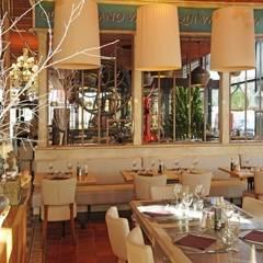 Lila Rosa en Avignon: Restaurants de style  par IzzI Design