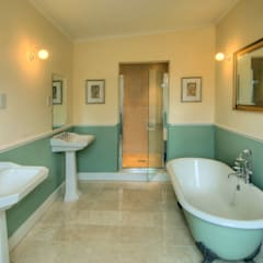 Bossington House, Adisham Kent:  Bathroom by Lee Evans Partnership