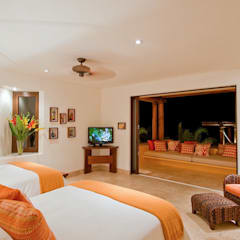tropical Bedroom by BR  ARQUITECTOS