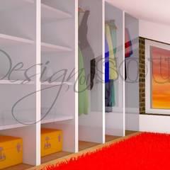 Cabina ARMADIO: Spogliatoio in stile  di Design of SOUL Interior DESIGN