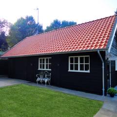 Houten garages:  Garage/schuur door Geldersche Houtbouw, Landelijk