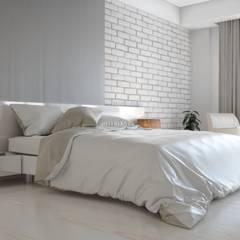ROAS ARCHITECTURE 3D DESIGN AGENCY – INTERIOR DESIGN FOR GULSEN AND HAMIT YALIMS HOUSE:  tarz Yatak Odası,